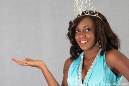 Miss Earth 2012 winner Maame Yaa Kyekye embarks on tree planting exercise!