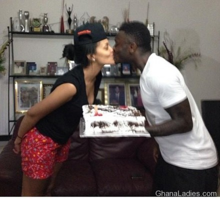 Happy Bday Menaye! Sulley Muntari serves the cake with a kiss