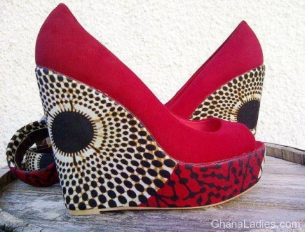 Wedge shoes with african print