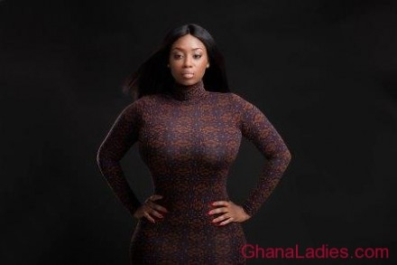 There�s a new hottie in town! Peace Hyde turns heads as host of Ghana Movie Awards launch