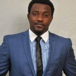 John Dumelo robbed at gunpoint
